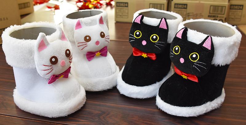 井関株式会社_猫のクリスマスブーツ